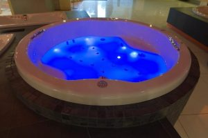Zdjęcie Wanna prostokątna 150×70 Excellent Aquaria z hydromasażem WAEX.AQU15WH+Joy Max