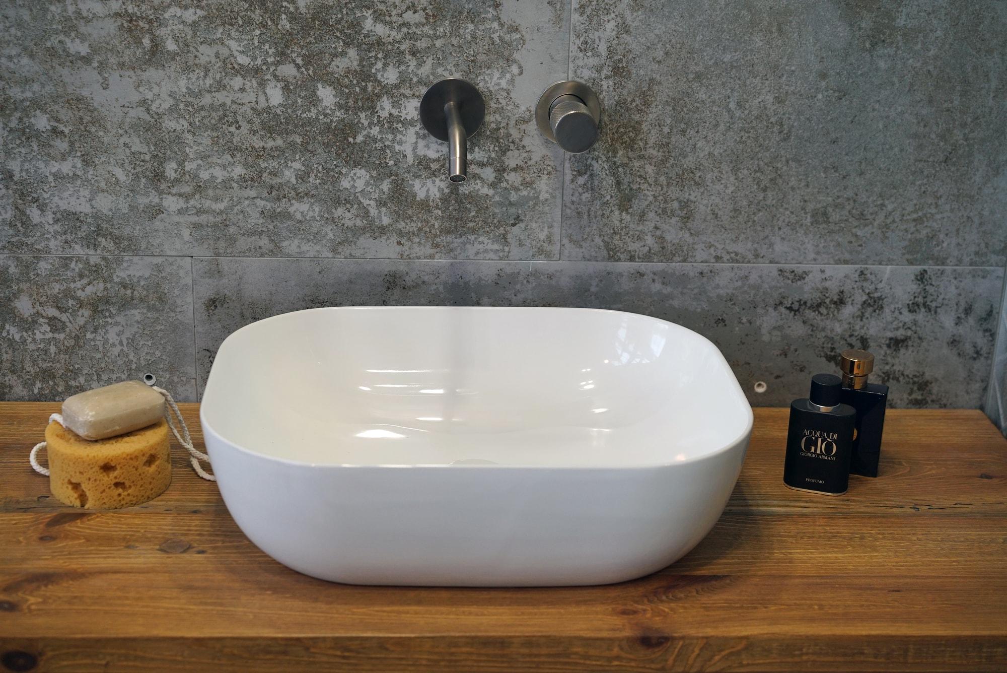 Umywalka nablatowa Aquahome Viviana 505x405x140 mm