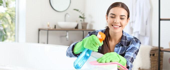 czyszczenie wanny akrylowej